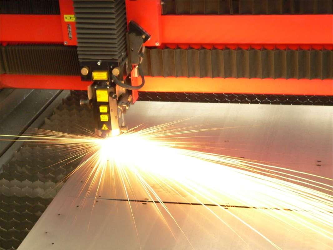 Road Test DELL 4K Laser Projector S718QL