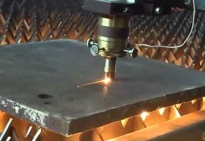 Резка металла при помощи лазера. Мадис. Металлообработка на заказ по чертежам заказчика.