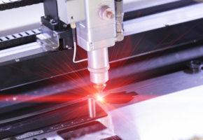 Специфика лазерной резки: скорость и точность. Мадис. Металлообработка на заказ по чертежам заказчика.