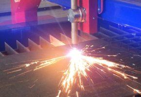 Чем резать лист металла - 5 эффективных способов. Мадис. Металлообработка на заказ по чертежам заказчика.