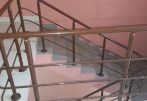 Ограждения лестниц: делаем классику современной. Мадис. Металлообработка на заказ по чертежам заказчика.