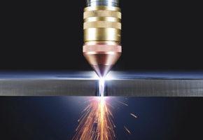 Плазменная резка металла - особенности и преимущества. Мадис. Металлообработка на заказ по чертежам заказчика.