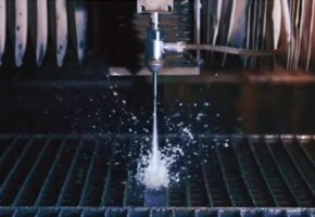 Обработка металла гидрорезом — доступная альтернатива лазерному раскрою. Мадис. Металлообработка на заказ по чертежам заказчика.