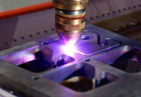 Принцип и технологии плазменной резки листового металла. Мадис. Металлообработка на заказ по чертежам заказчика.
