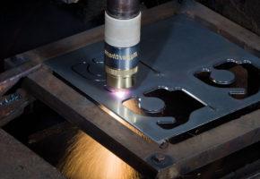 Плазменная резка металла или лазерная. Мадис. Металлообработка на заказ по чертежам заказчика.