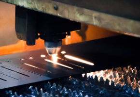Лазерная резка алюминия: особенности и преимущества. Мадис. Металлообработка на заказ по чертежам заказчика.